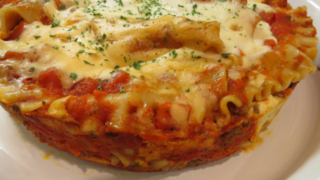 Lasagna (in the pressure cooker) -- Everyday Homemaking