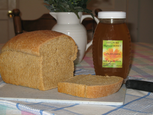 Vicki's Bread Recipe -- Everyday Homemaking