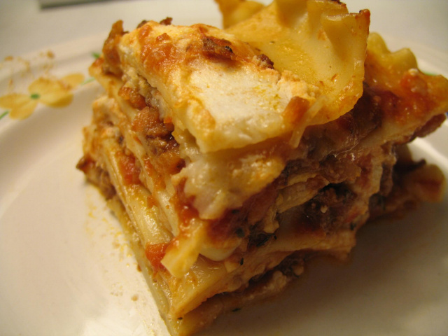 Lasagna -- Everyday Homemaking