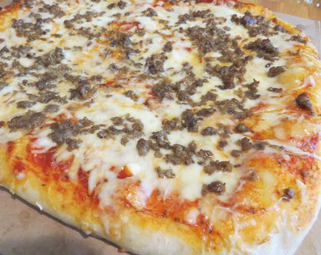 Pizza -- Everyday Homemaking