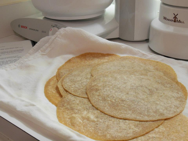 Homemade Tortillas -- Everyday Homemaking