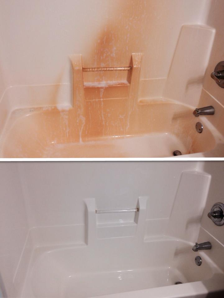 before and after tub with descaler